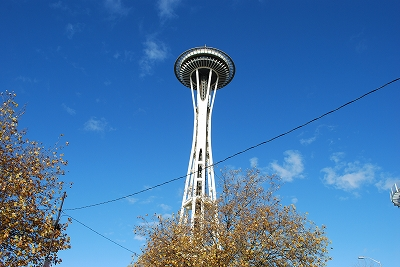 Space_needle_2